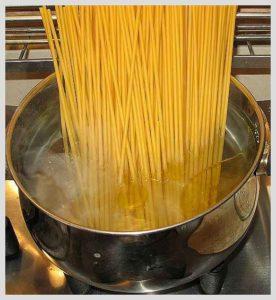 boil the spaghetti