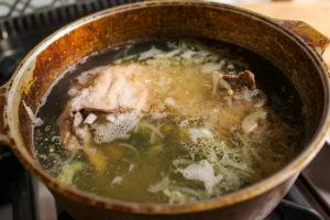 Lamb ribs is boiled