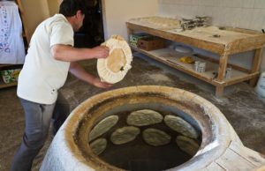 Oven for lavash